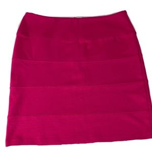 XHILARATION fitted skirt
